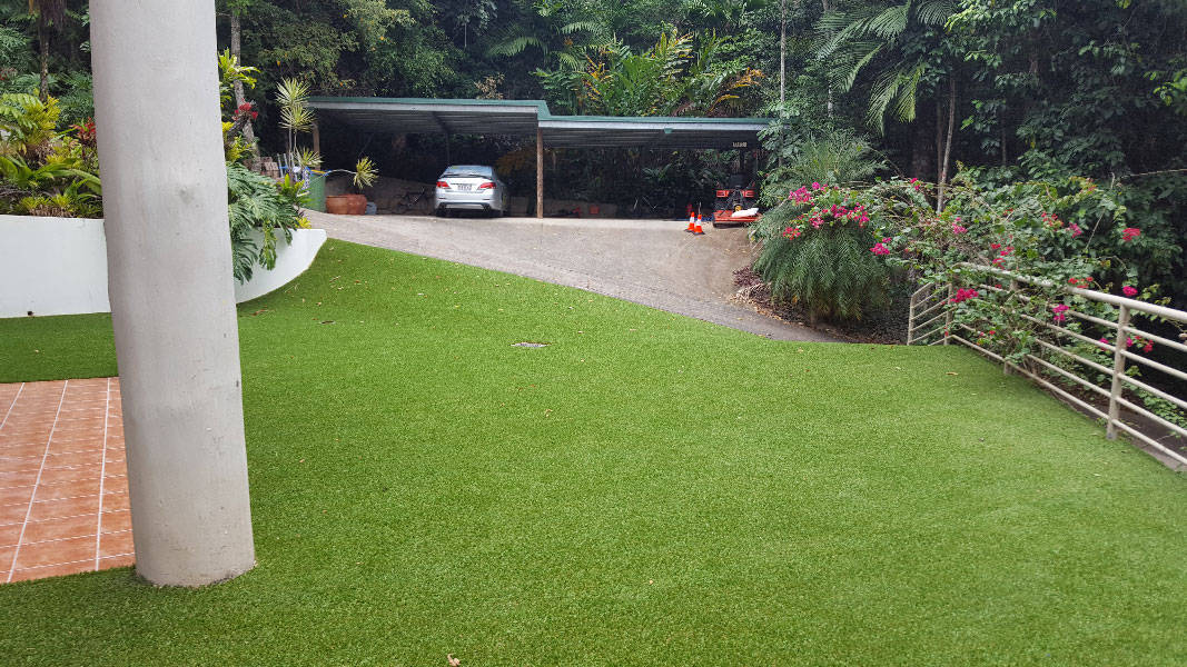 How to extend the life of your artificial grass by 10-years